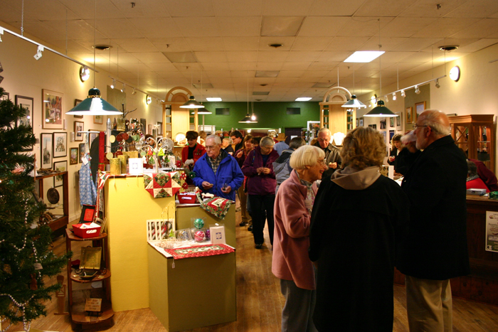 MAC Center for the Arts Holiday Opening Reception Brings Art Lovers to Newport