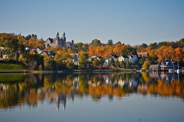 Fall Foliage Newport Rhode Island