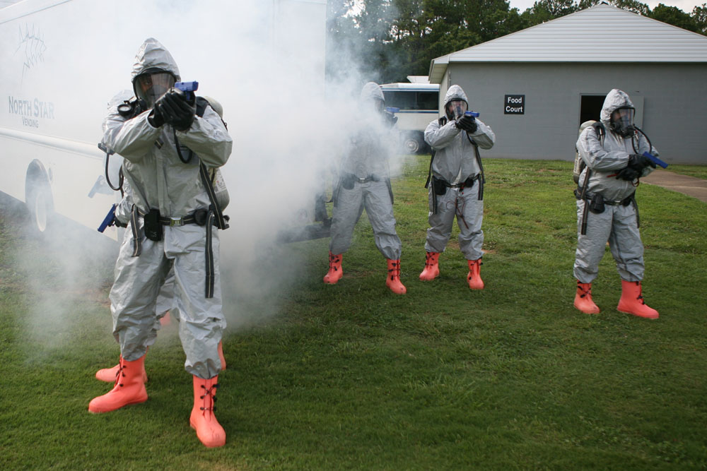 Students in the Law Enforcement Response Actions for CBRNE Incidents (LERA) course secure a potential crime scene that may include hazardous materials. Photo courtesy of U.S. FEMA.