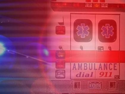 Three people injured in Essex County wreck