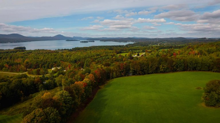 [VIDEO] Early foliage 2018 Newport, Vermont
