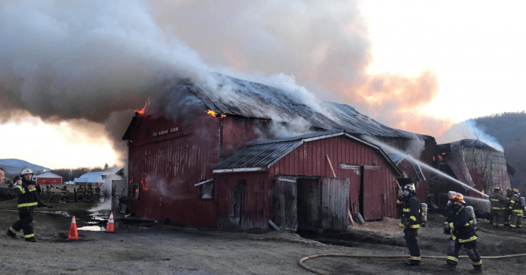 Lowell barn destroyed by fire
