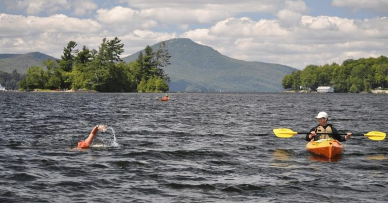 Seven small group open water swims organized on Lake Memphremagog