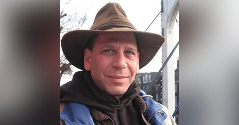 The Vermont Soap Company announces the retirement of its longtime CEO Larry Plesent