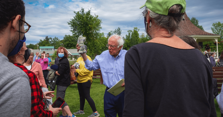 280 turn out for Sanders town meeting in Newport