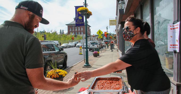 Fall Festival draws a crowd, Newport police win chili contest